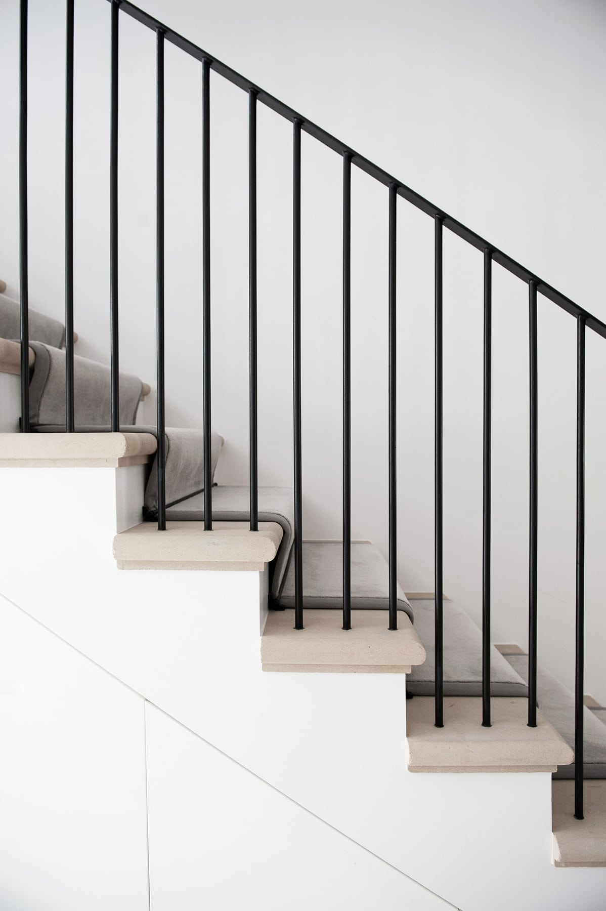 Berkshire - country mansion bespoke staircase metal work cast stone treads traditional details